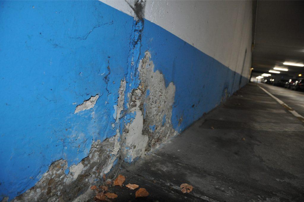 In die Sanierung der Tiefgarage musste die Stadt bereits viel Geld investieren. Die Sanierung des gesamten Komplexes scheint unfinanzierbar zu sein.