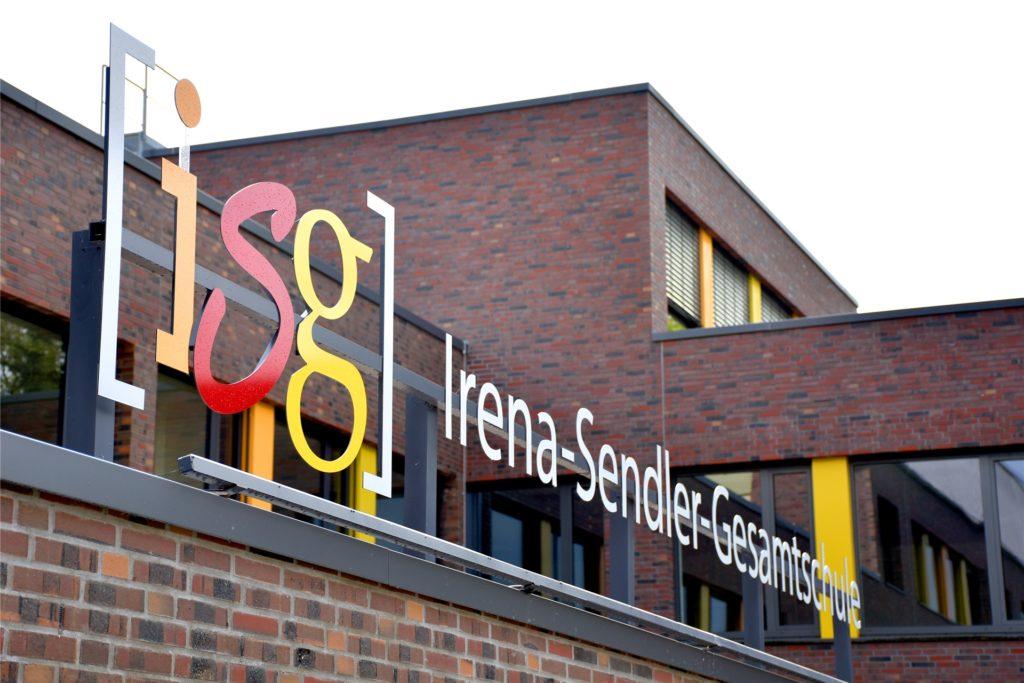 Einerseits enge räumliche und personelle Kapazitäten an der ISG, andererseits die Situation der Schulen in Legden/Rosendahl und Heek sollen für die Bezirksregierung den Ausschlag gegeben haben, die beantragte zusätzliche Klasse abzulehnen.