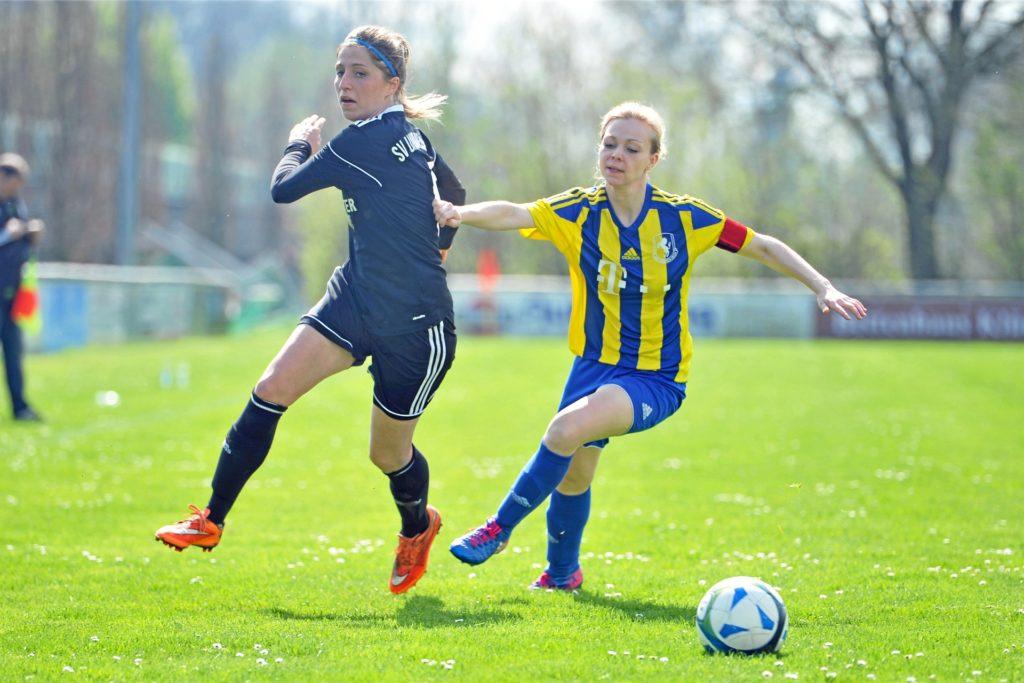 Iris Börsting (l.) ist, abgesehen vom Hobby- und Jugendbereich, kein Fan von gemischten Mannschaften.