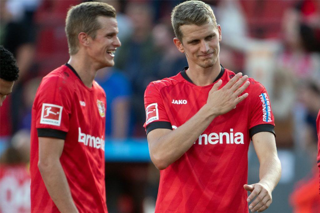 Seit 2017 spielen Sven (l.) und Lars Bender zusammen für Bayer Leverkusen.