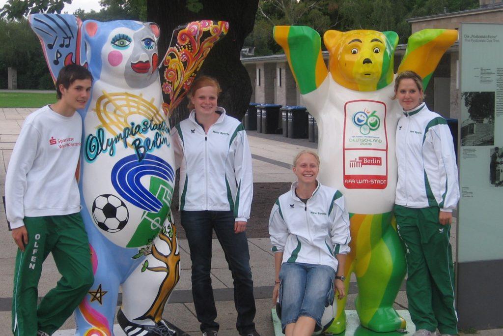 Luisa Pöhling (2. v.l.) bei den Deutschen Jugendmeisterschaften in Berlin.