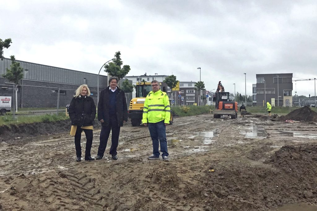 V.l.: Heidrun und Hans-Martin Diehl (Geschäftsführer Box-It) sowie der Dorstener Ulrich Meißner, Mit-Investor des geplanten Self-Storage-Parks auf dem Zechengelände.