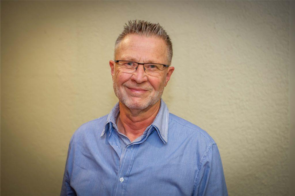 Bezirksbürgermeister Axel Kunstmann hätte sich eine genauere Auswahl der Wohnquartiere gewünscht, aus denen die Bewohner nun zur Impfung kommen dürfen.