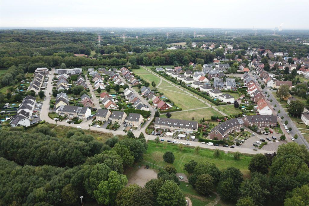 Auch die Anwohner der Neubausiedlung Bodelschwingher Berg sind impfberechtigt.