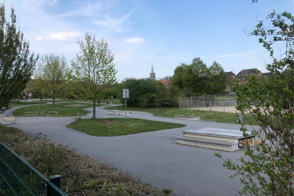 Die Skaterbahn im Park der Generationen in Lütgendortmund.