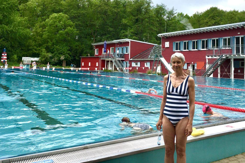 Monika Kurtz-Rehm schwimmt alle zwei Tage im Elsebad.