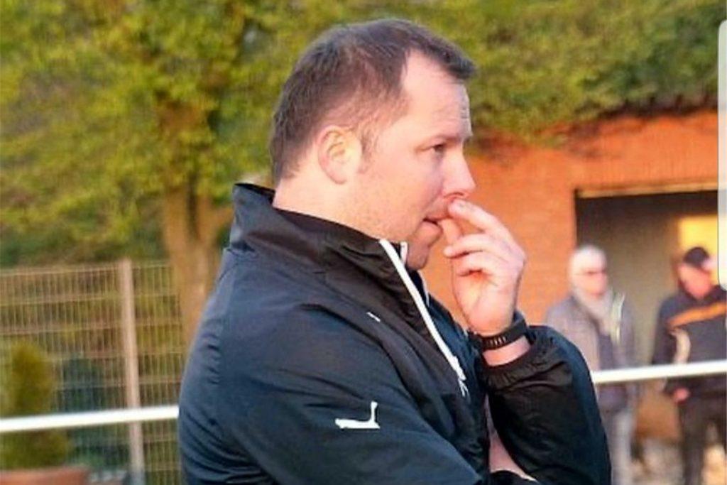 Adrian Ruzock ist wieder zurück: Der ehemalige Trainer des SV Frömern ist nun wieder in Amt und Würden.