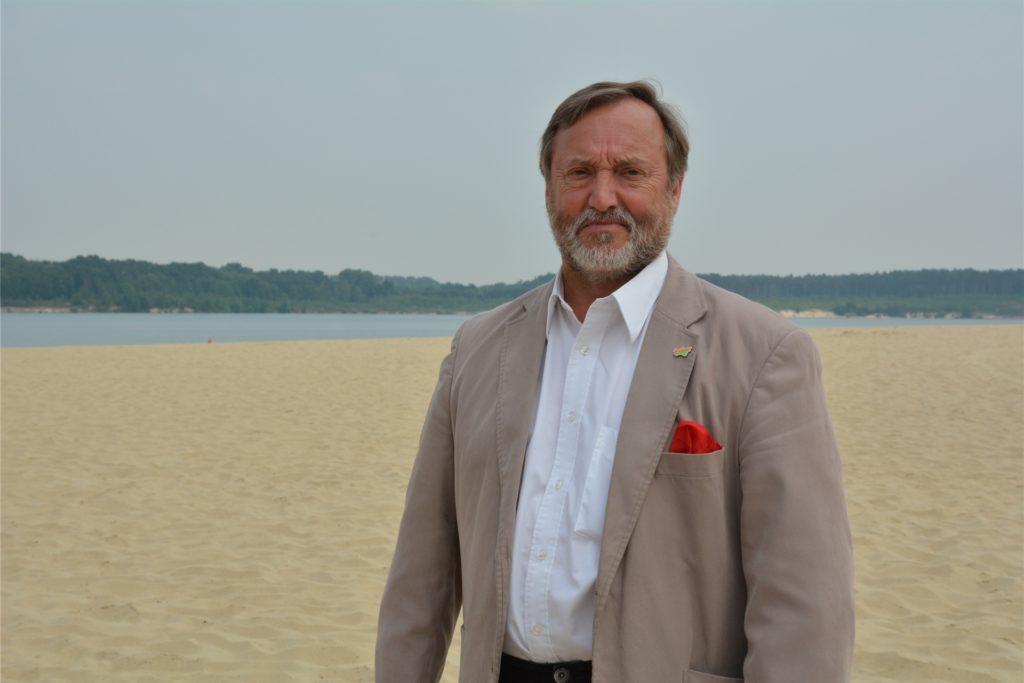 Dr. Eberhard Geisler ist Geschäftsführer der Betreibergesellschaft Silbersee II Haltern am See mbH.