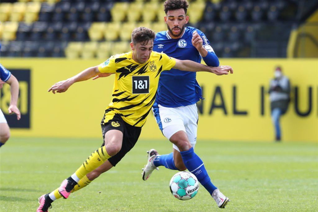 Alaa Bakir (l.) verlässt die BVB-U23 in diesem Sommer. Der Verein hätte mit dem 20-Jährigen gerne weitergemacht.