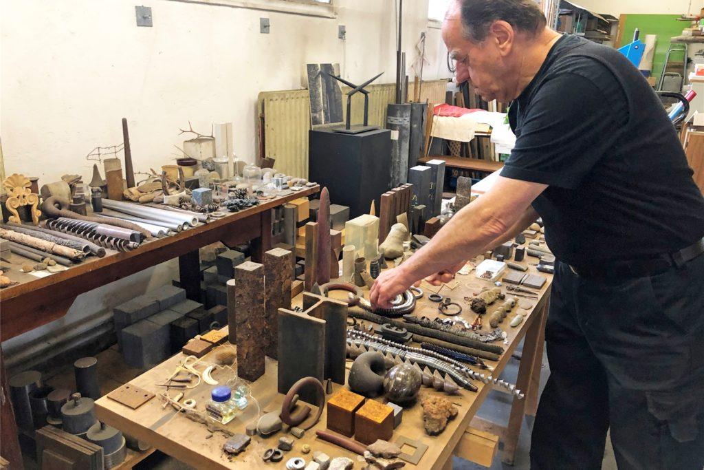 Walter Witteks Atelier in der ehemaligen Saueressig-Halle an der Straße Up de Bookholt ist ein Hort der Ideen und Fundstücke.