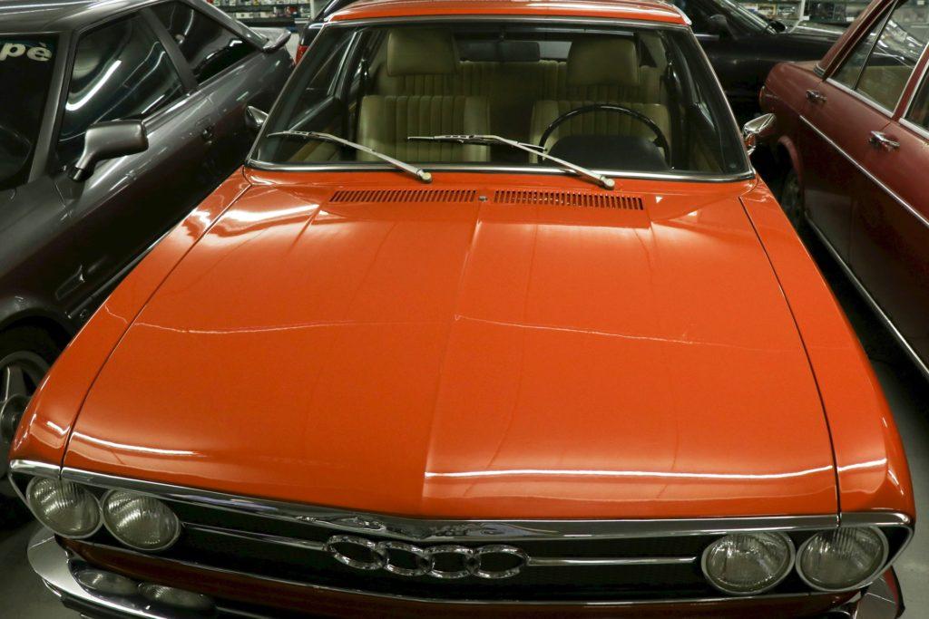 Front des Audi 100 Coupé S