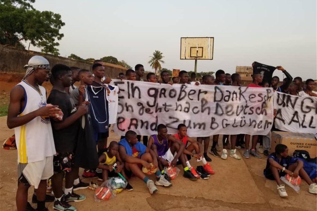 Der neue Verein in Guinea verfügte zuvor kaum über eigene Sport-Utensilien.