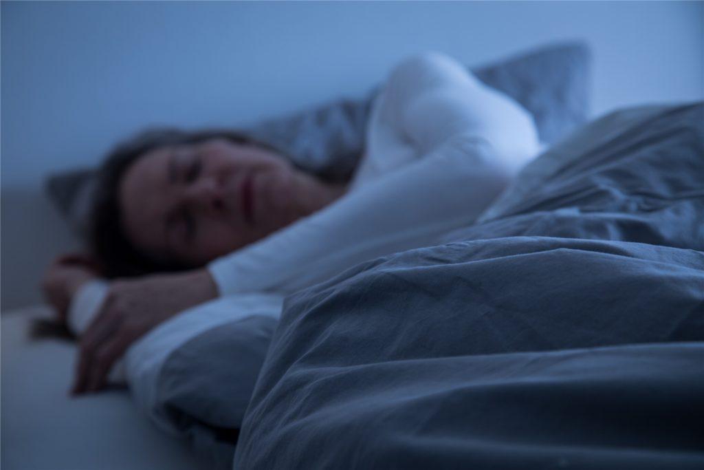 Der gesunde Schlaf gehört zu jeder Regenerationsphase dazu.