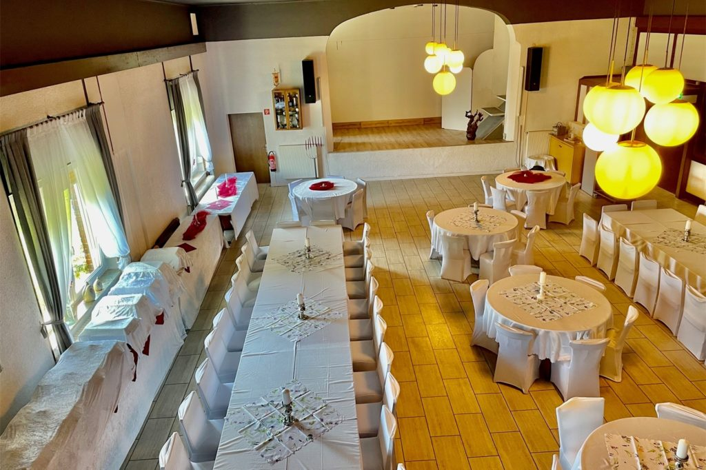 Im Dortmunder Süden feiert ein Traditionshaus Wiedereröffnung. Eines der wenigen in Dortmund mit einem großen Saal.