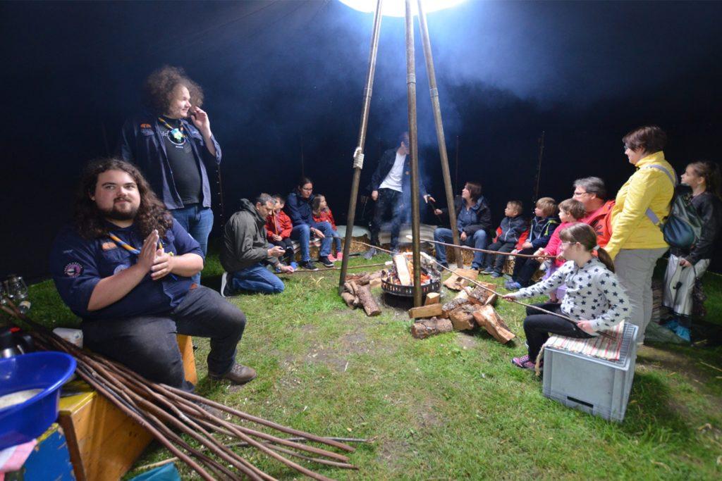 Das Gaudium ist ein Fest für alle Generationen. In einer authentischen Atmosphäre lernen Kinder das Mittelalter kennen.