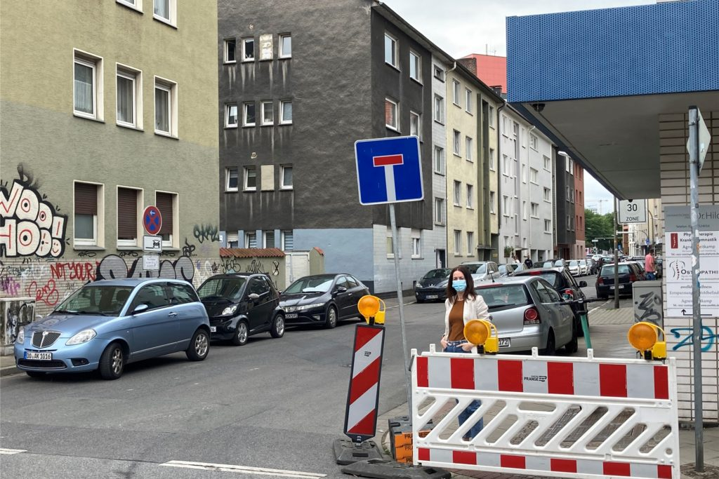 Die Schwanenstraße ist der einzige Weg, der noch zum Geschäft Raumideen führt, wo Kirsten Fiebig arbeitet.