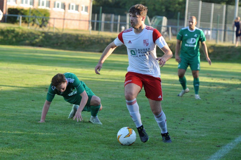 Niclas Dormayer kehrt von Eintracht Ahaus zurück zum SuS Stadtlohn und verstärkt dort die zweite Mannschaft.