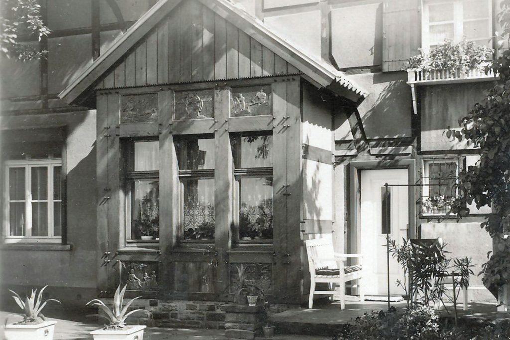 Das ehemalige Wohnhaus von Theodor Wenning an der Südmauer 27 (Foto aus den 1950er Jahren). Heute ist es stark heruntergekommen.