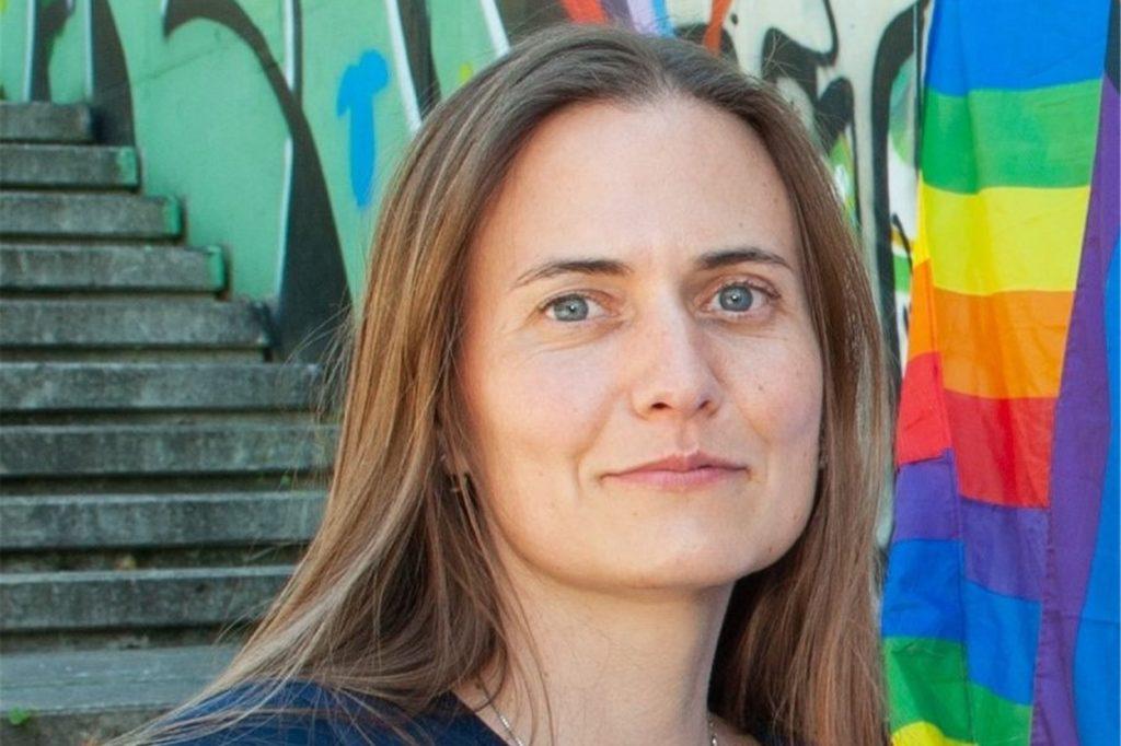 Svenja Roß glaubt, dass man als lesbische Frau ein dickes Fell braucht, um im Dortmunder Nachtleben unterwegs zu sein.