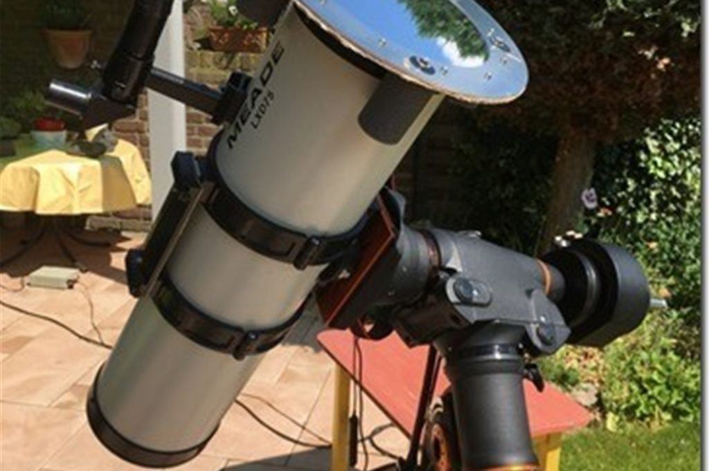 Wichtig für Astro-Fotografie ist natürlich auch die richtige Ausrüstung. Gerade bei Ereignissen wie der Sonnenfinsternis am 10. Juni.