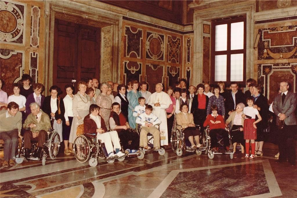 In den Osterferien 1982 haben sich 50 Ahauser auf den Weg nach Rom gemacht.