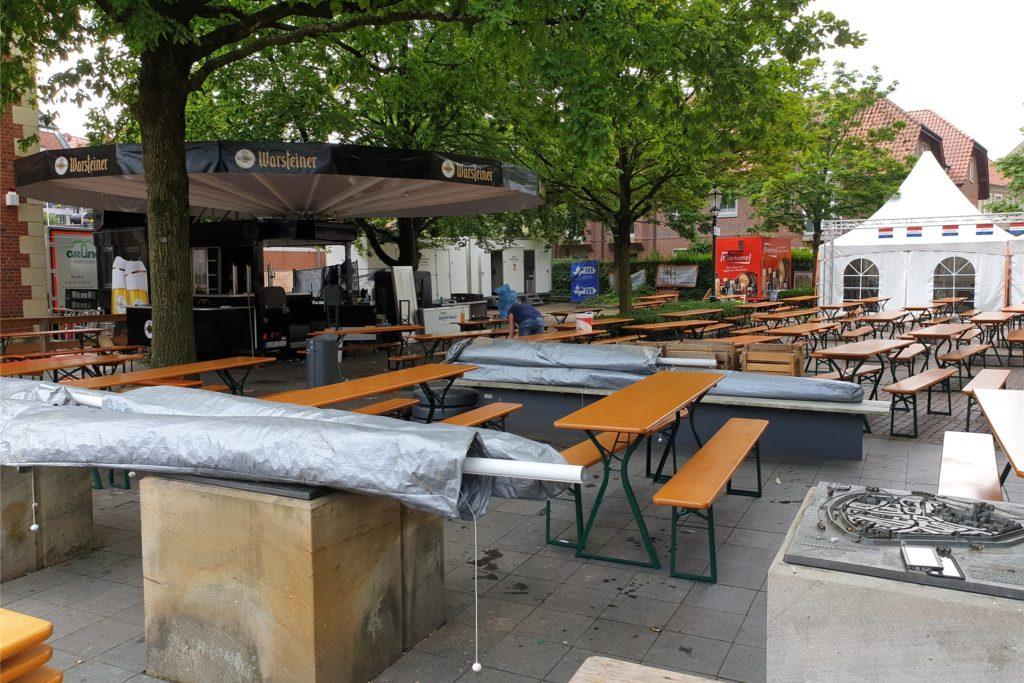 Seit Montag wird die EM-Sommerbühne abgebaut.