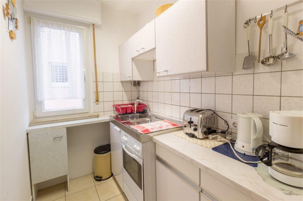 Die Küche ist mit allem ausgestattet, was man im Alltag so braucht.