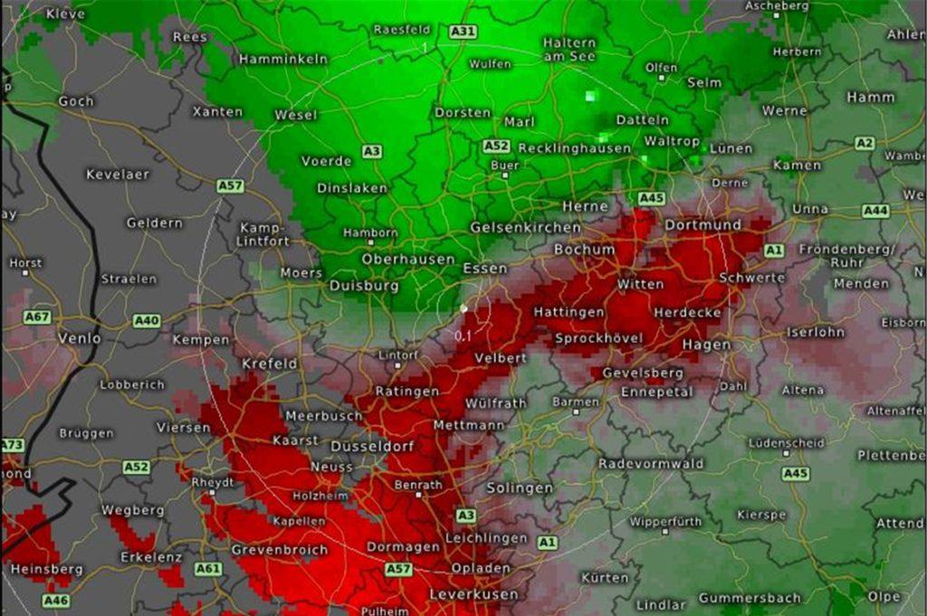 Die Karte des Doppler-Radar-Sweeps. Die nächste Messstation für Castrop-Rauxel befindet sich in Essen. Das Signal reicht 150 km weit.