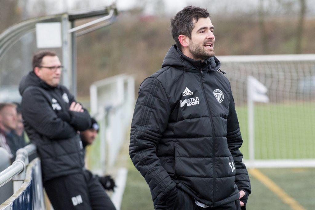 Tim Abendroth (v.) war bis vor zwei Jahren Trainer beim TuS Haltern II. Nun ist er zurück im Trainerteam als Co-Trainer.