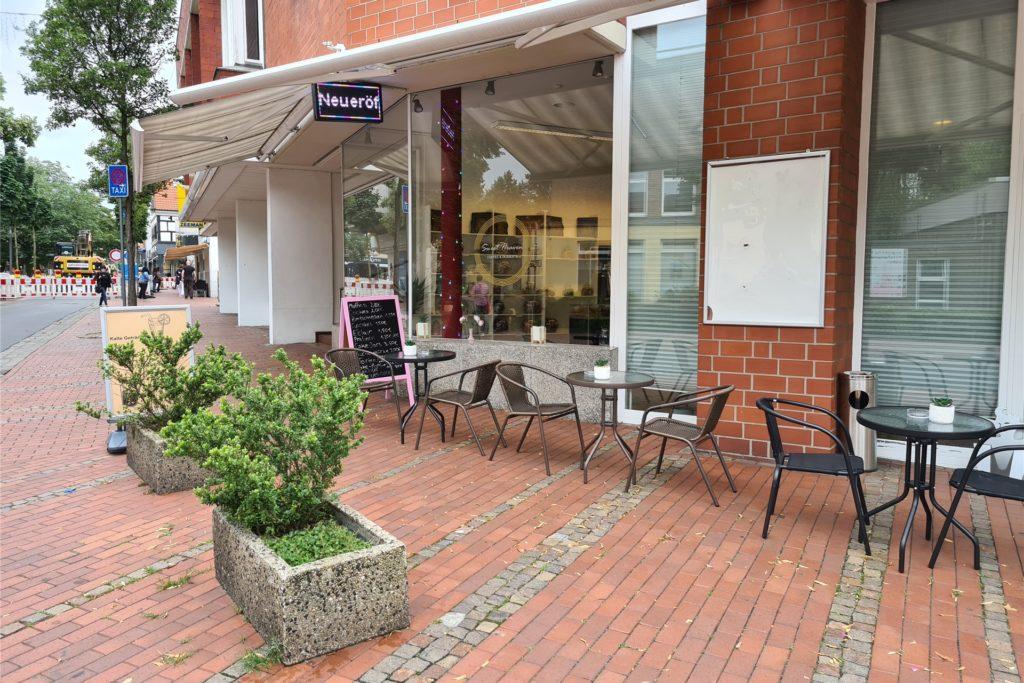 Das Ladenlokal befindet sich an der Stadttorstraße, direkt in Sichtweite zum Modehaus Adler.