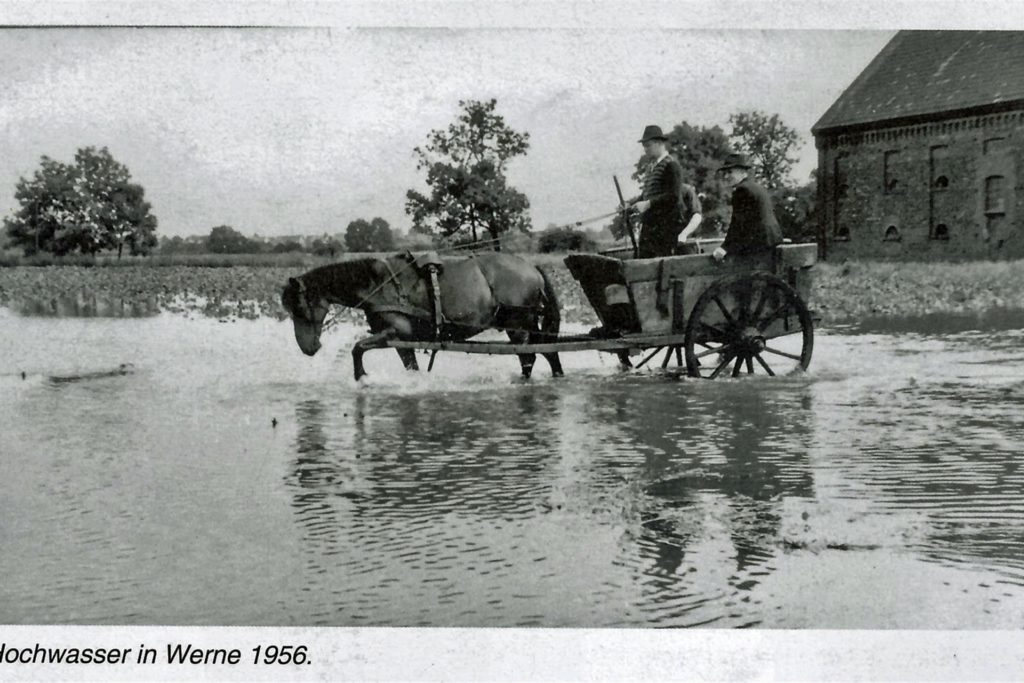 Diese Aufnahme von Hochwasser in Werne stammt aus dem Jahre 1956.