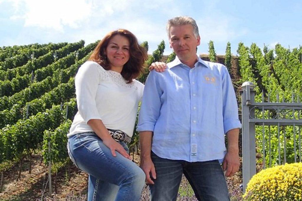Eine Impression vom Weinberg vor der Katastrophe: Der gebürtige Stadtlohner Wolfgang Schulze-Icking betreibt das Weingut mit Frau Katarina in dritter Generation. Rund ein Drittel der Rebfläche sind komplett zerstört.
