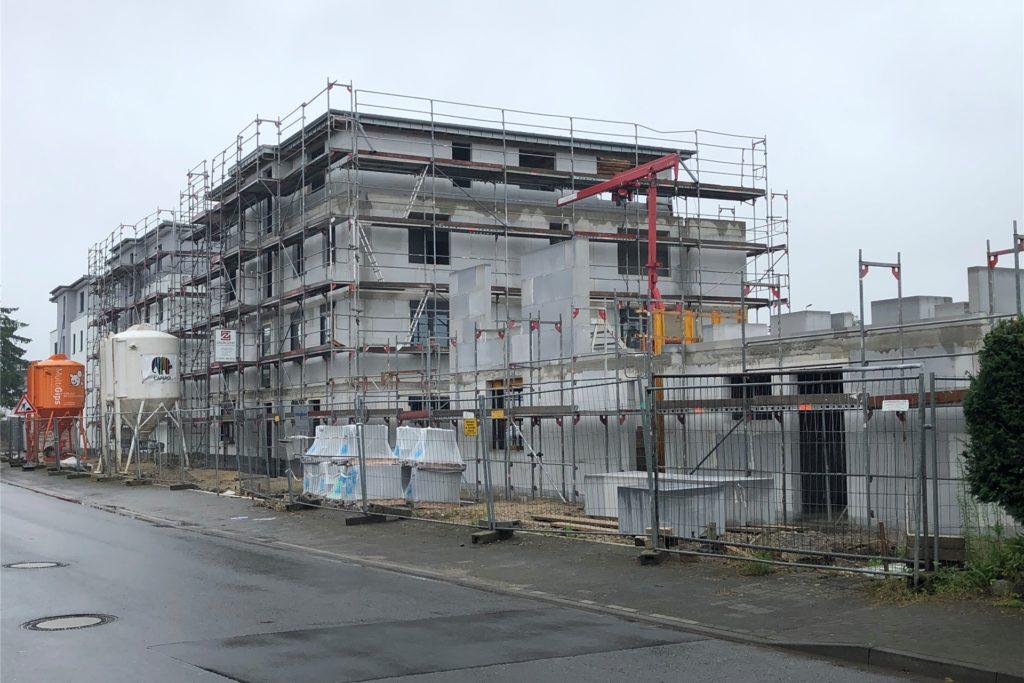 An der Annabergstraße entstehen gerade vier Häuser. Mit der Fertigstellung des Gesamtprojekts wird im Frühjahr 2022 gerechnet.