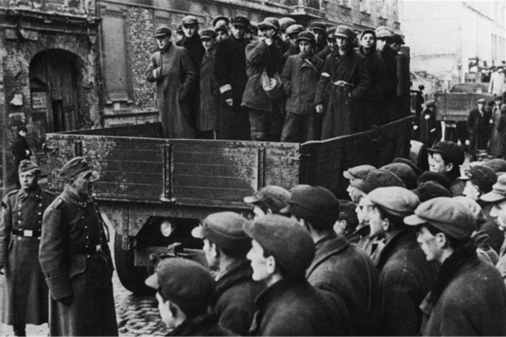 Zigtausende Juden deportierten die Nazis nach Riga und ermordeten sie dort im Todeswald. Unter den Opfern waren aus Juden aus Heek, Stadtlohn, Südlohn, Ahaus oder Vreden.