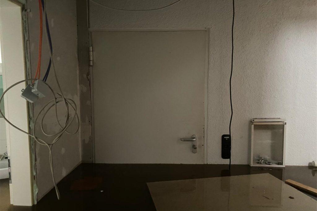 Die Räume standen etwa bis zur Hälfte unter Wasser und können nicht mehr genutzt werden.