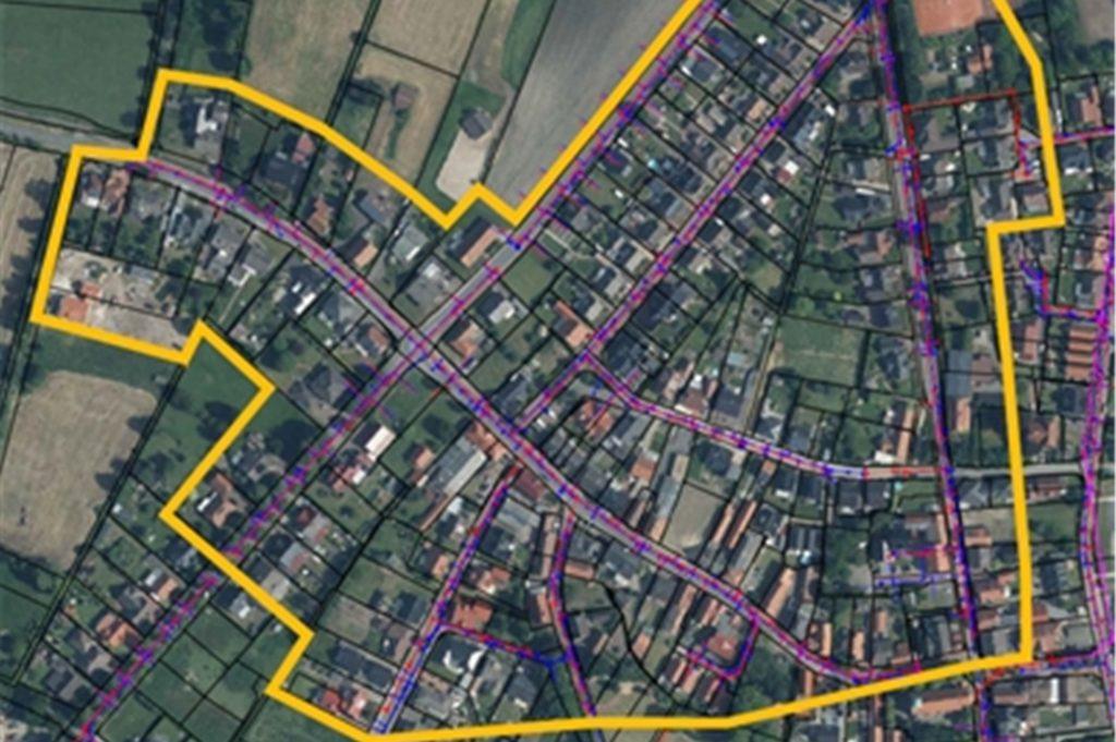 Anwohner im betroffenen Bereich sollten, so sie einen Abfluss im Keller haben, ihre Rückstausicherungen überprüfen, teilt die Stadt Ahaus mit.