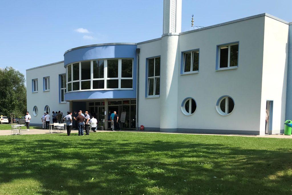 Für einen Tag wurde die Moschee der DITIB-Gemeinde am Friedensweg in Hörde zum Impfzentrum.