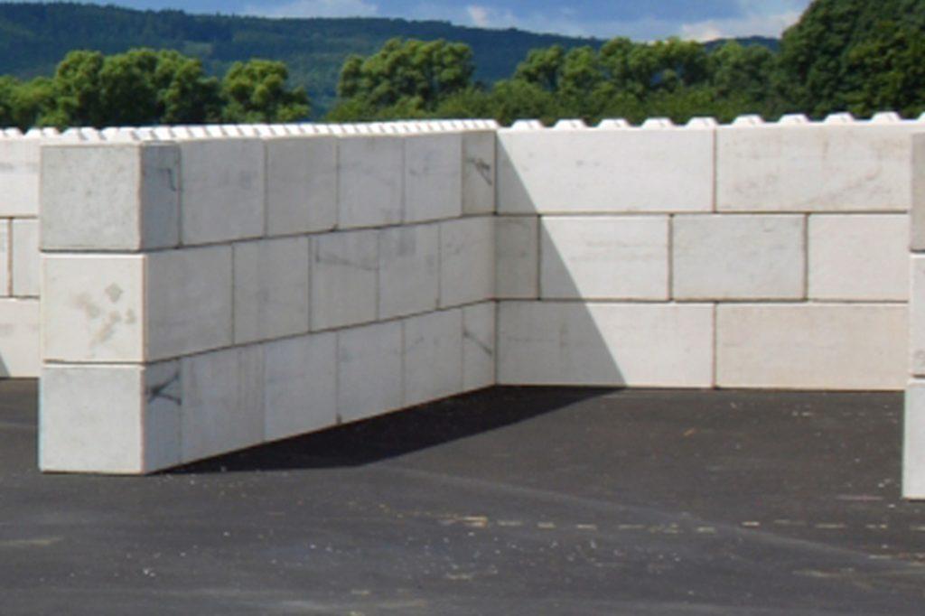 Der Büscher-Block ist das erste Produkt, das aus dem Recycling-Beton hergestellt wurde.