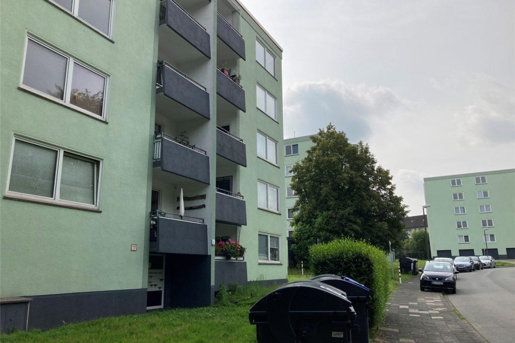 Zum Bestand der Belvona gehören inzwischen die Häuser Schophof 2 bis 10.