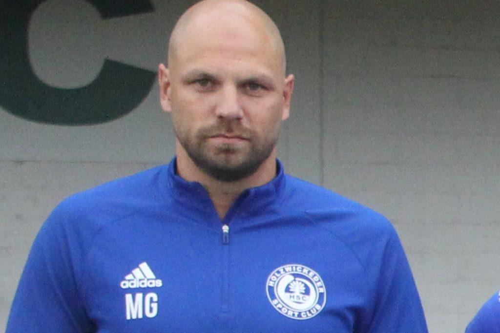 Unterstützte sein Team von Bayern aus virtuell: HSC-Trainer Marcel Greig.