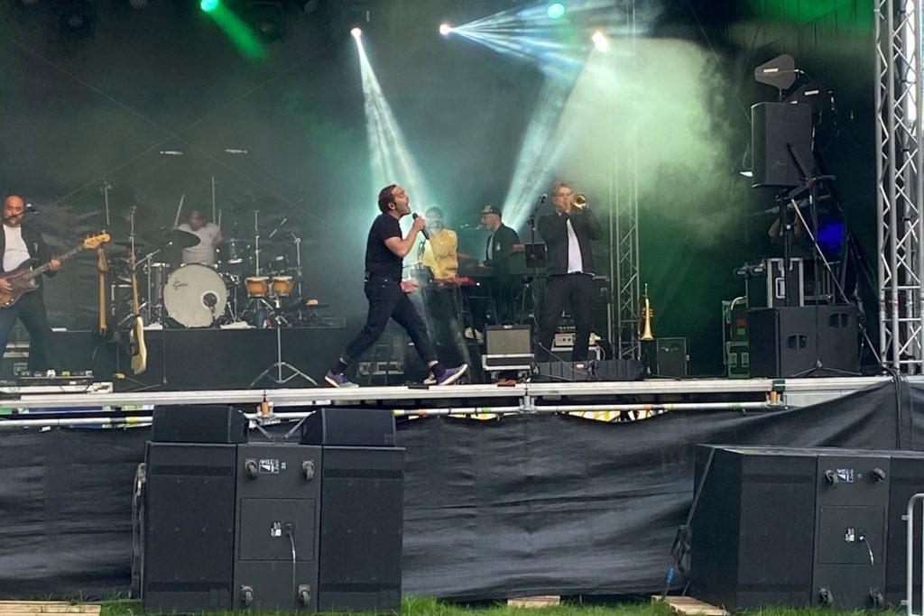 Auch Bosse tanzte ausgelassen auf der Bühne.