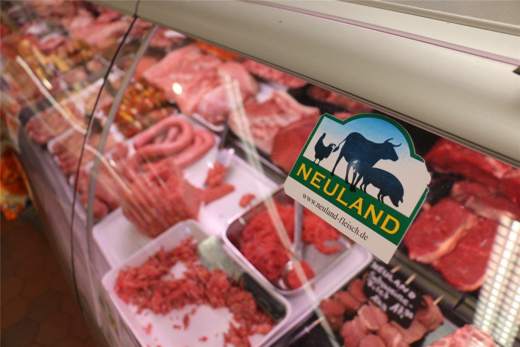 Neuland-Fleisch liegt seit 1989 in der Theke bei Overmann.