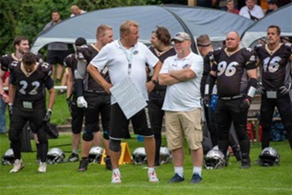 Reapers-Headcoach Markus Spangenberg (l.) hier zusammen mit Defenscoordinator St. Humber (r.).