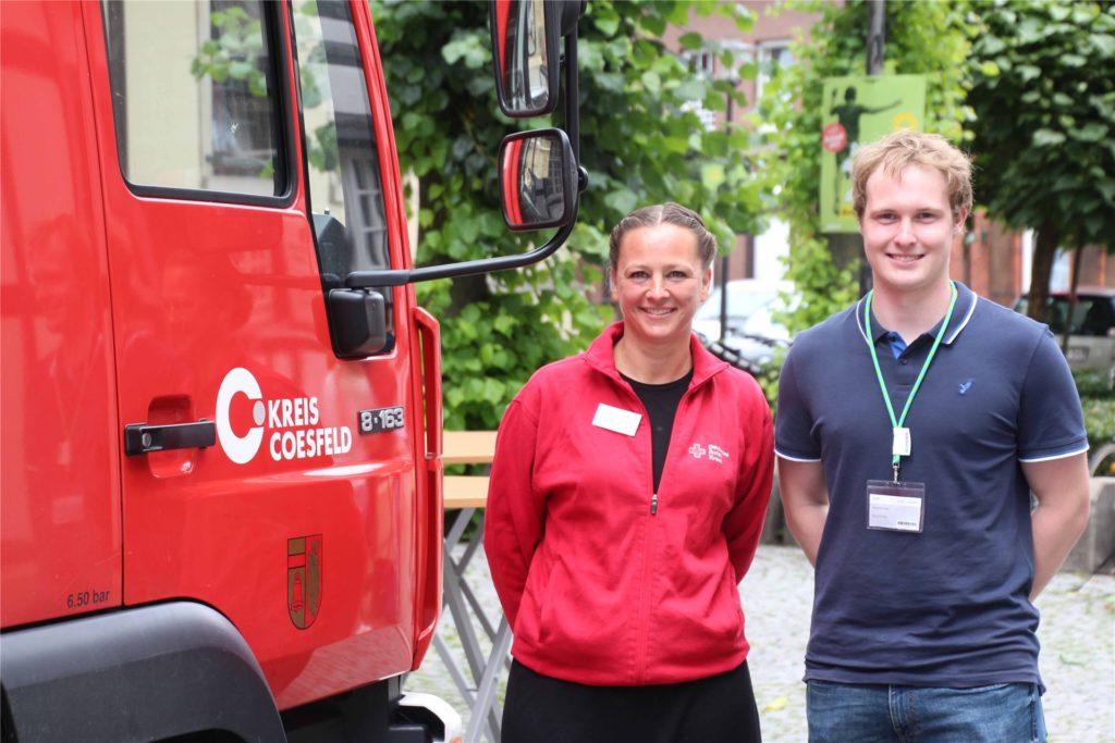 Monika Humpert und Benedikt Kaenders sorgten für einen reibungslosen Ablauf bei der Impfaktion.