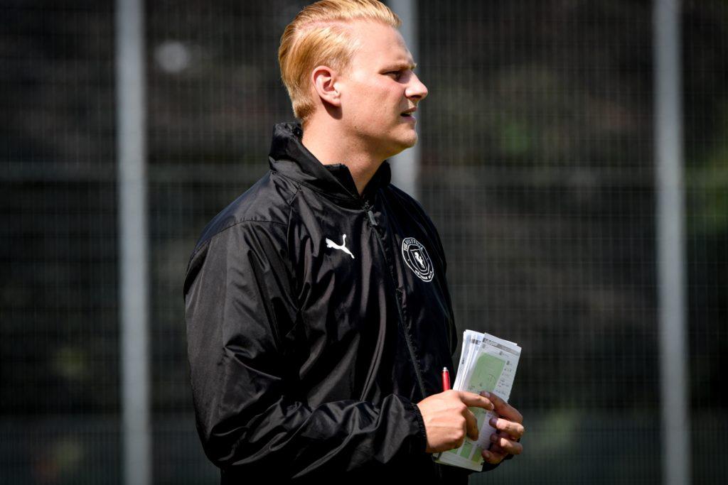 Paul Mantei vertrat dem krankheitsbedingt fehlenden Cheftrainer Steven Koch.