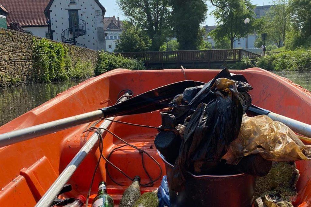 Ein ganze Bootladung mit Müll zogen die Quartierskümmerer zuletzt aus dem Gewässer.