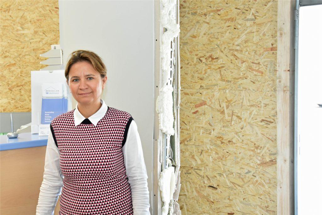 Anja Beissert gehört das Haus, dessen Vorraum in der Nacht zu Montag in die Luft gesprengt wurde.