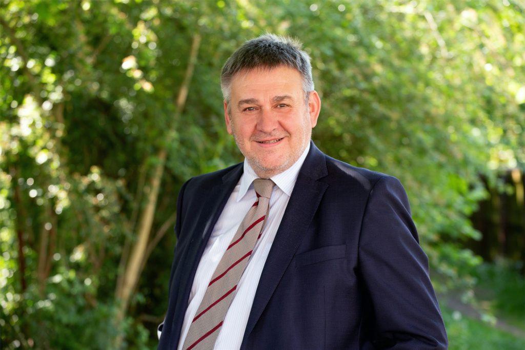 Das Archivbild zeigt den langjährigen SPD-Ratsherrn Martin Püschel.