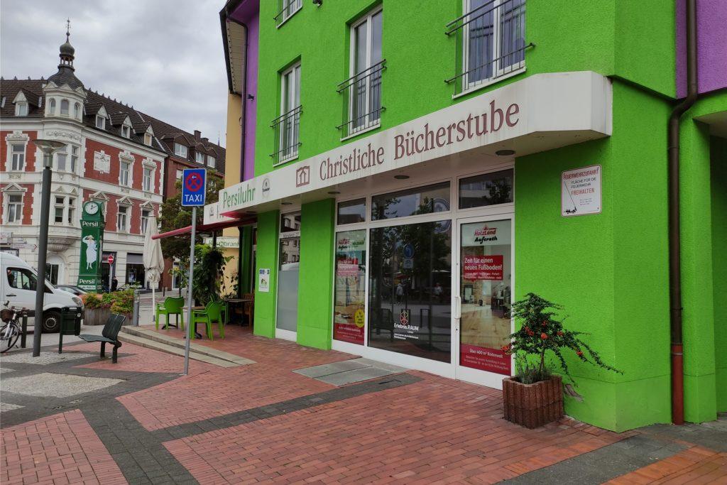 In die verwaiste Christliche Bücherstube an der Münsterstraße soll im September eine Künstlergruppe aus Nordkirchen einziehen.