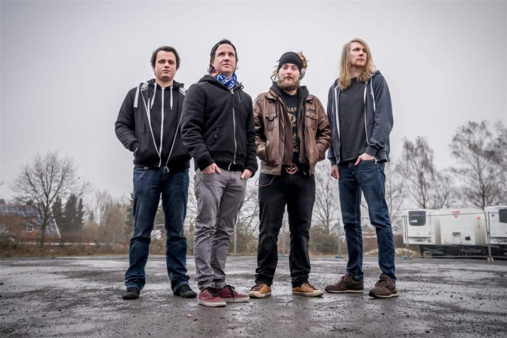 """Von Midnight Dynamite gibt es """"Metal auf die Ohren"""" bei """"Zwillrock light""""."""